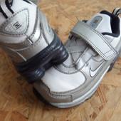 Кроссовки Nike Shox-размер 23-24 -длина стельки-14 см