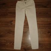Белые вельветовые брюки Abercrombie на 14 лет