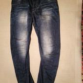 Классные современные джинсы с выбеленностями  River Island Англия 34 R
