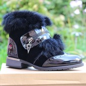 Ботинки лак с опушкой кролик Т211