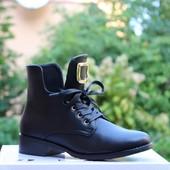 Ботинки на шнуровке Т119