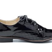 Стильные лаковые туфельки