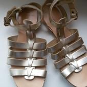 Крутые сандалии кожа New Look, размер 37