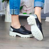 Туфли Рид PR из натуральной кожи на высокой подошве