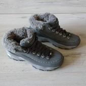 24 см стелька, кроссовки утепленные Skechers.