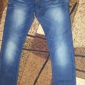Фирменные джинсы-узкачи р-р 46-48