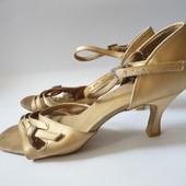 Туфли для танцев танцевальные туфли р.39