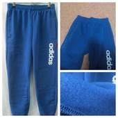 спортивные adidas  штаны утепленные р 140-160