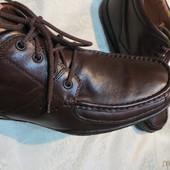 Демисезонные кожаные ботинки Geox почти новые