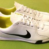 Кроссовки кожаные Nike  оригинал uk 9.5, р.42, ст.28см.