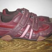 Кожаные кроссовки Geox р.40