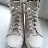 Ботинки-сникерсы. Стелька 25,5см.
