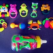 Яркие, качественные игрушки, погремушки!