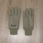 Перчатки с техлологией Thinsulate.