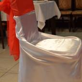 Чехлы белые атласные на стулья