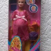 Кукла типа Барби беременная