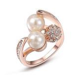 Позолоченное кольцо с кристаллами и жемчугом р16,17,18