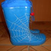 Качественные резиновые сапоги для мальчика ( новая обувь из Англии )