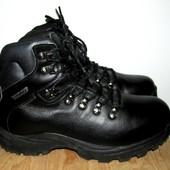 фирменные кожаные ботинки 24.5 см