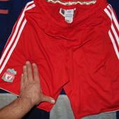Фирменние спортивние труси шорти оригинал Adidas.Ф.к Ліверпуль .м-л .