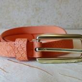 Ремень с принтом змеиная кожа Tchibo оранжевый