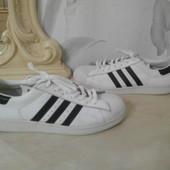 Кроссовки мужские  Adidas  р.43-44(28,5см), оригинал, кожа. Белые