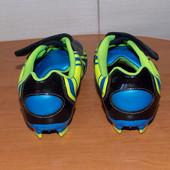Футбольные бутсы Clarks для мальчика, размер 1G  (21, 5 см)