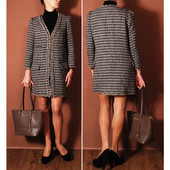 Облегченное демисезонное пальто классического фасона а-ля Шанель  OW4412
