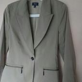 Шикарный костюм с юбкой в офис Mexx М