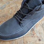 Фирменные ботинки Vision-размер 42-длина стельки 28 см