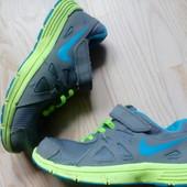 Кросівки Nike 31 розмір, устілка 20 см.
