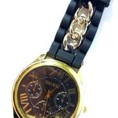 Уценка!Часы наручные Geneva черного цвета Хамелеон Новинка