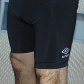 Фирмовие оригинал спортивние лосини шорти Umbro.м