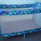 Детская компактная переносная кроватка-манеж Hauck