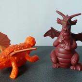 Дракон фигурка Макдональс 2 игрушки одним лотом