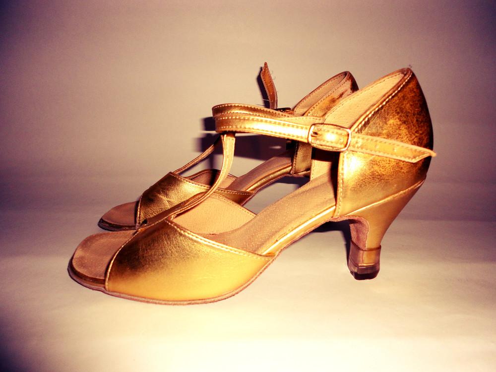 Туфли для бальных танцев для девочки купить в новосибирске