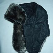 Классная теплая шапка-ушанка,р-р универсальный 56-59,отлично под дубленку,пуховик