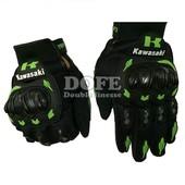 Защитные перчатки(мото,спорт)