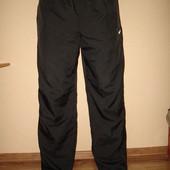 Новые спортивные штаны Nike,оригинал, р XL (34/34), с этикеткой и серийным номером