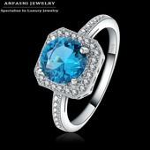 Нежное серебряное   кольцо с топазом и цирконами Anfasni S925 Чистого серебра