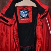 Лыжная куртка размер М