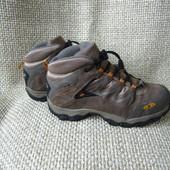 Salomon р.37 трекінгові ботинки замша+текстиль