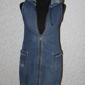Gloria Jeans сарафан c капюшоном С-М