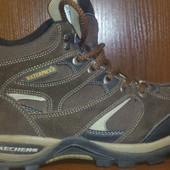 Классные ботинки Skechers Waterproof