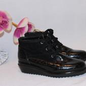 37 23см Натуральные кожаные лакированные ботинки на меху