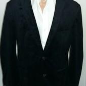 Велюровый пиджак ТСМ(германия), размер М . цвет темно-синий