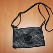 маленькая сумочка из кожзама