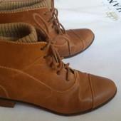 Женские демисезонные ботинки Stradivarius