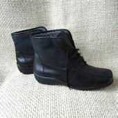 ara р.38 злегка утеплені ботинки шкіряні