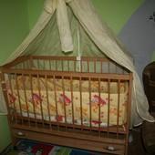 Классная детская деревянная кроватка от 0 до 3 лет полный комплект